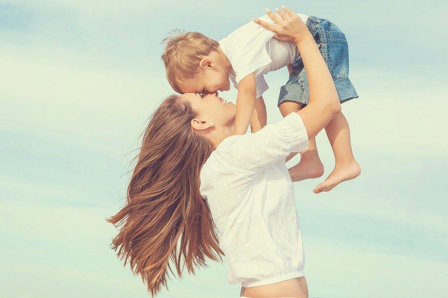 legatura frumoasa intre parinte si copil